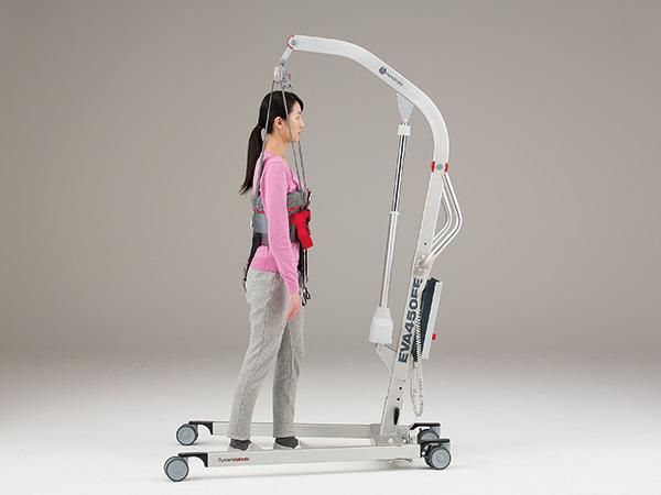 リフト型歩行訓練機エヴァ450:大分市 デイサービス リハビリ マッサージ 介護サービス 寝たきり予防 認知症予防 リハビリ専門のデイサービス プラトー大分リハビリデイサービスぷらす南大分